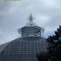 Украшение на крыше оранжереи