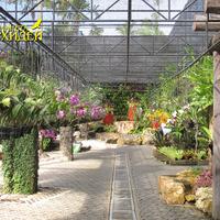 Общий вид небольшой части парка с орхидеями