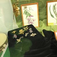 Украшения в форме орхидей
