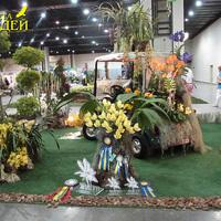 Машина, украшенная орхидеями. На переднем плане Angulocaste Olimpus